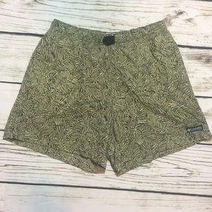Columbia shorts, elastic waist and leaf pattern